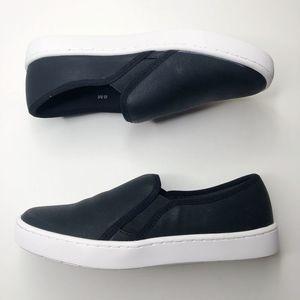 [EASY STREET] Slip On Sneakers